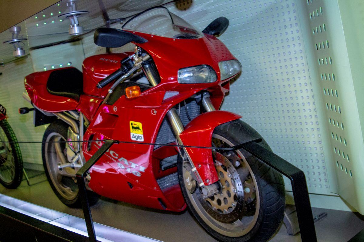 Ducati Model 916 1994