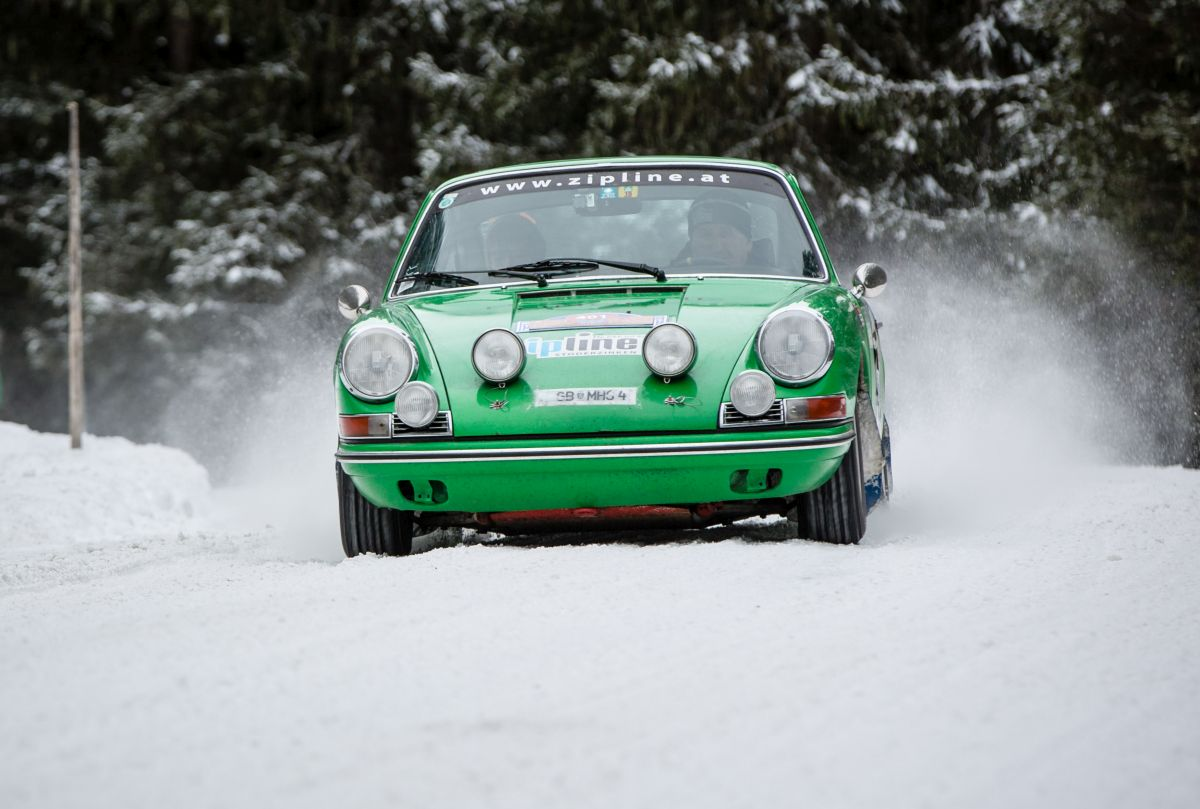 Porsche 911, r.v. 1965.