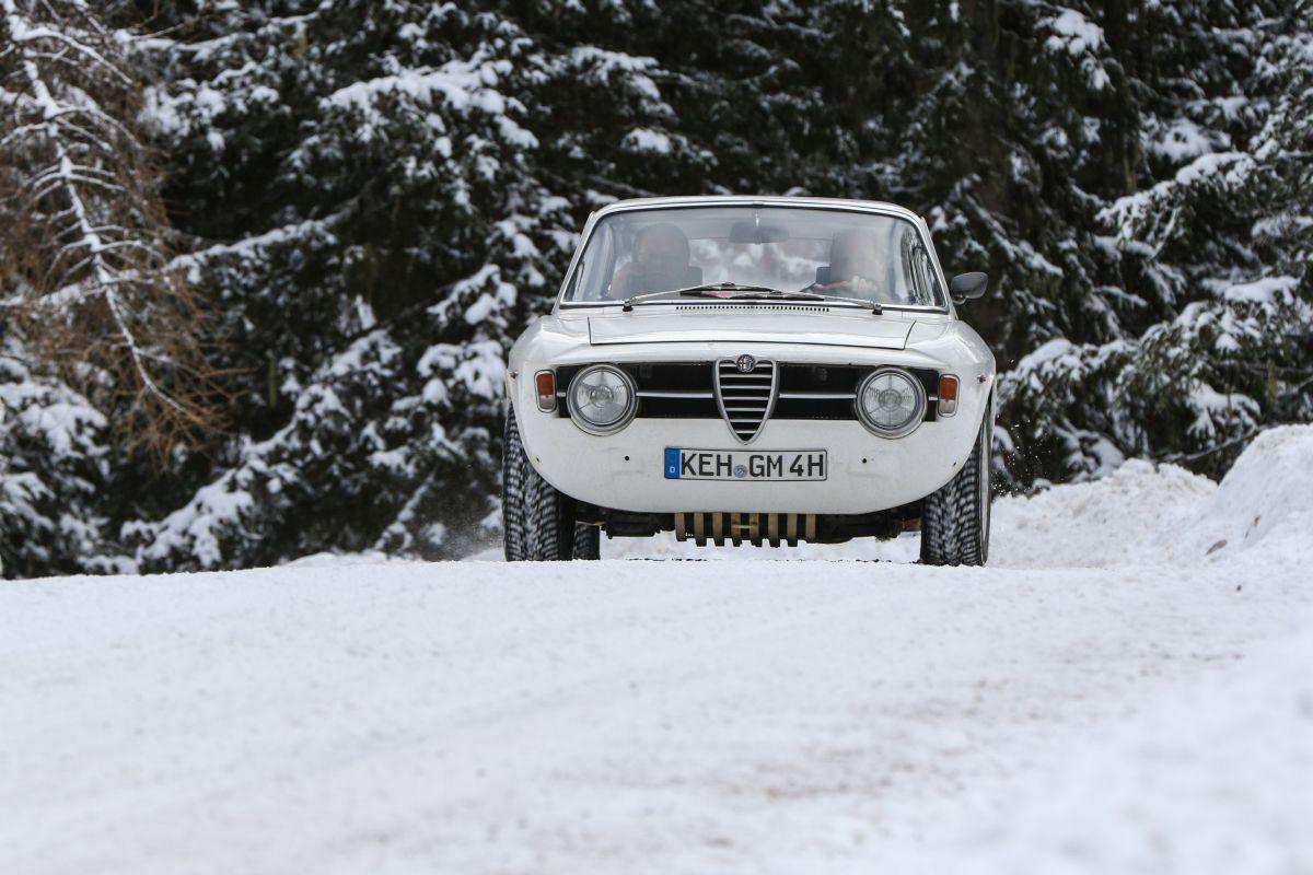 Alfa Romeo Sprint GT, r.v. 1965.