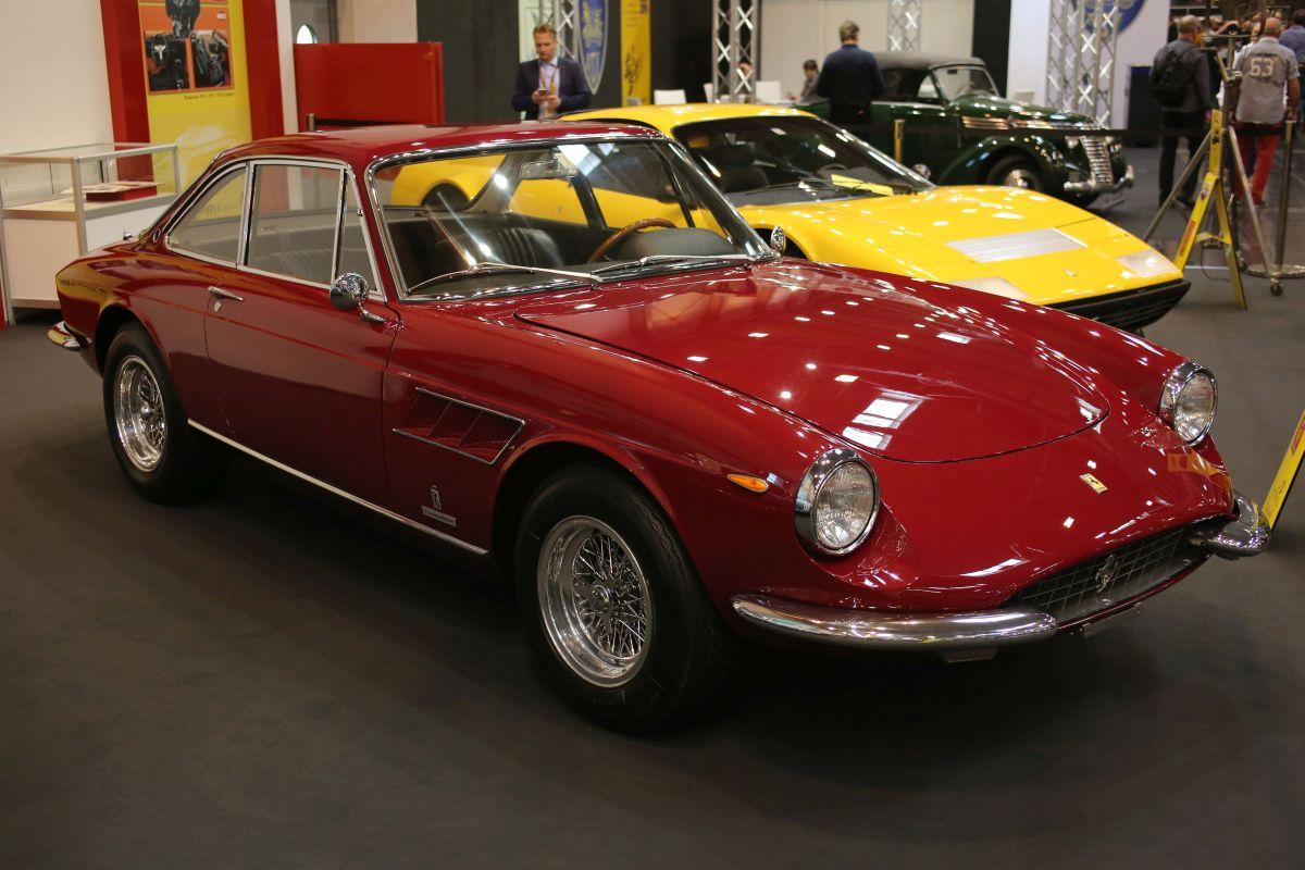 Ferrari 330 GTC (1967)