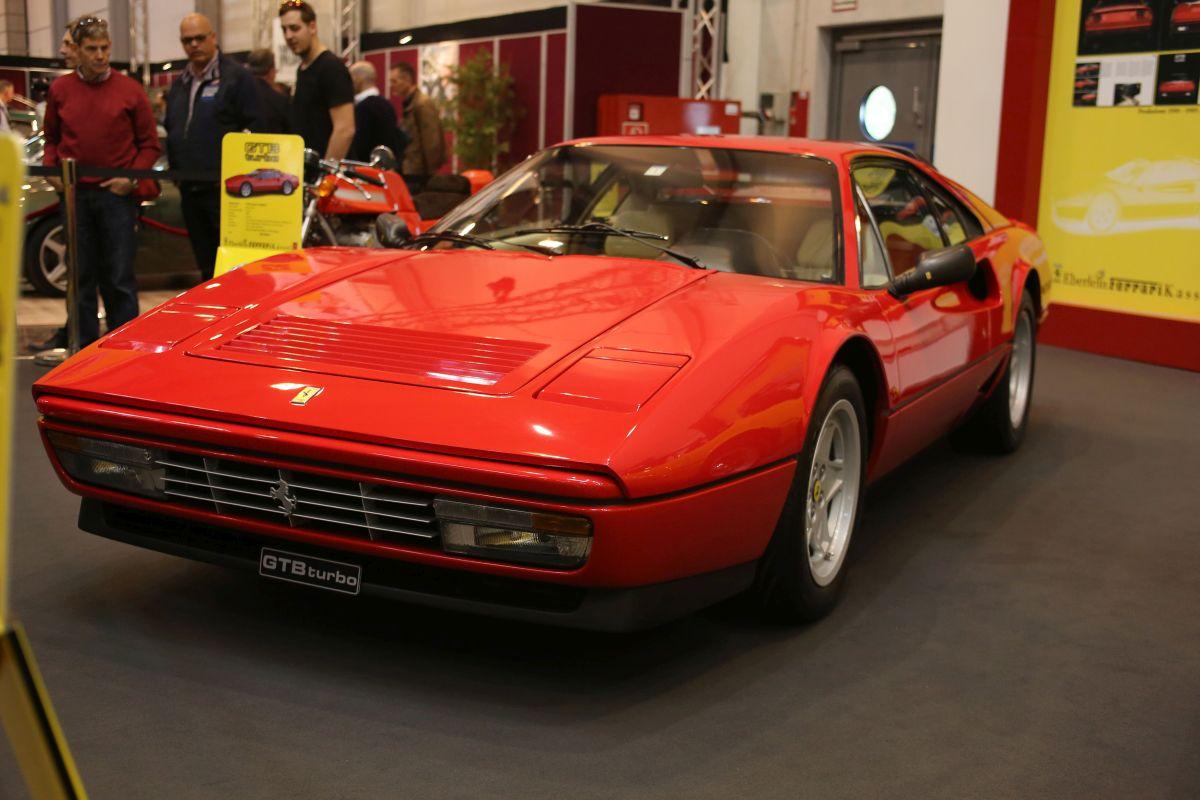 Ferrari GTB Turbo (1988)