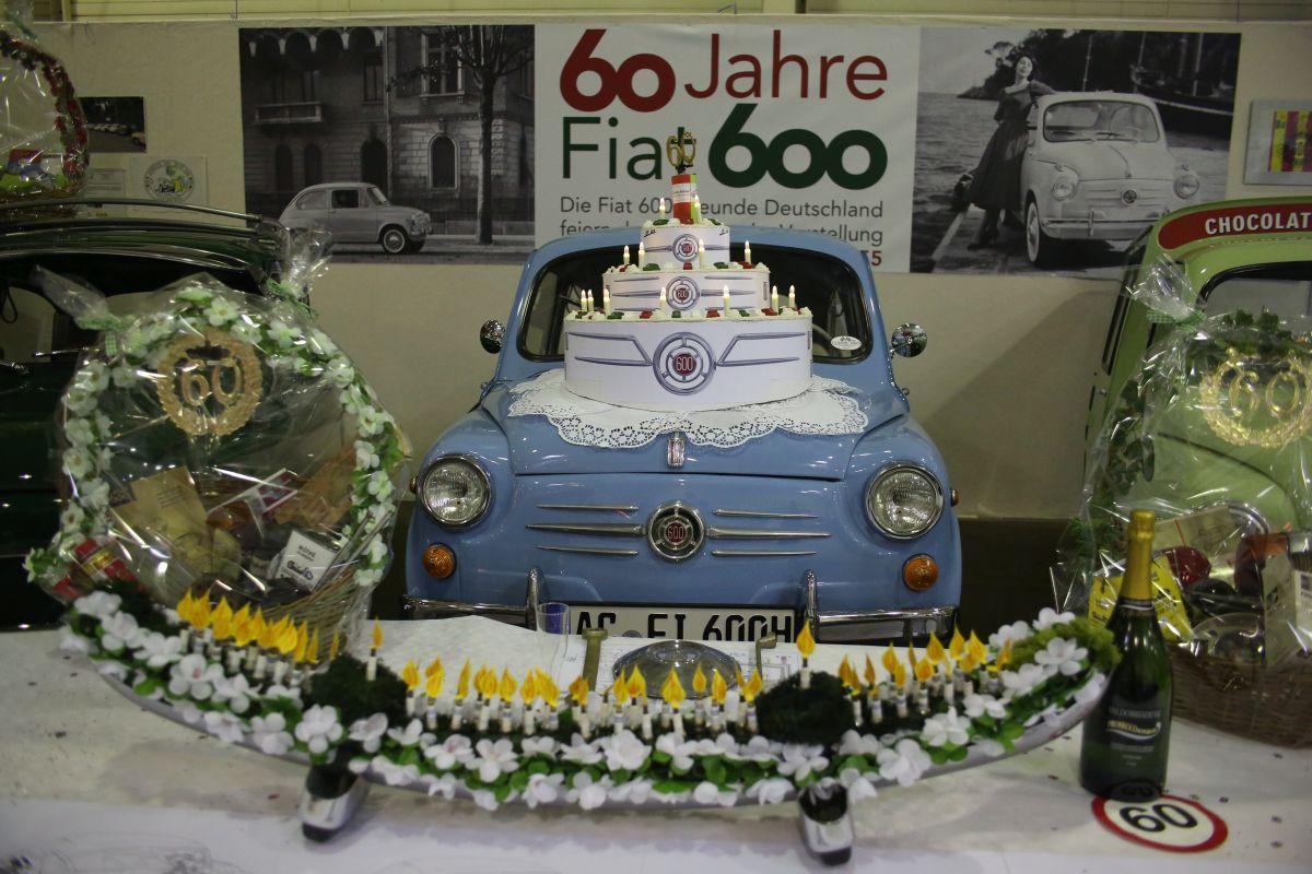 Oslava 60. narodenín Fiatu 600 mala skvelú výzdobu