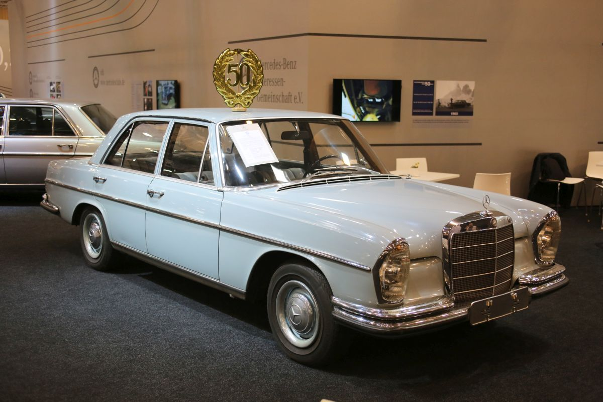 Mercedes-Benz 250S (1967)