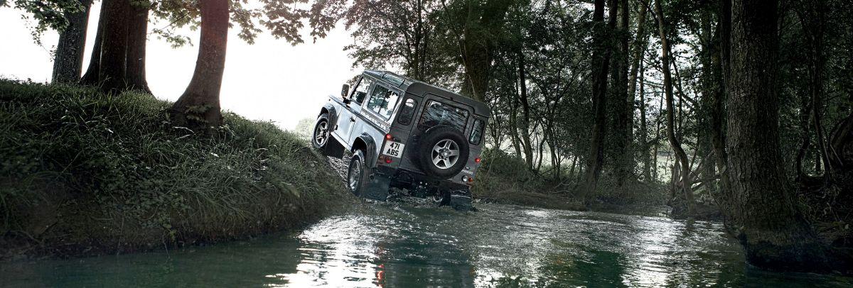 Land Rover Defender history _ 07
