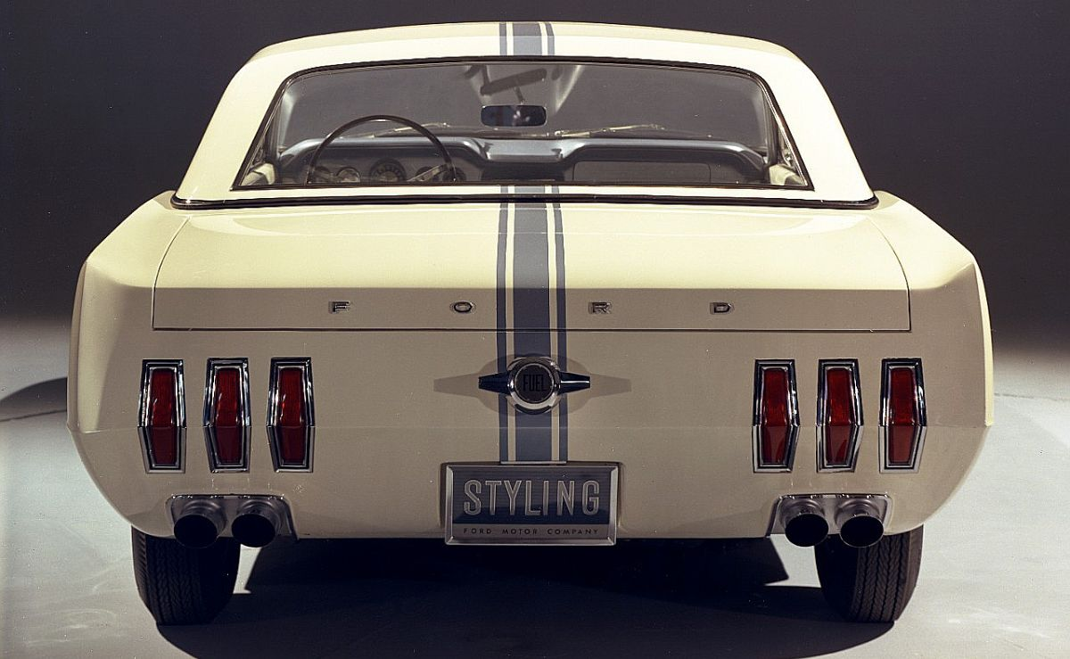 Ford Mustang II concept 1963