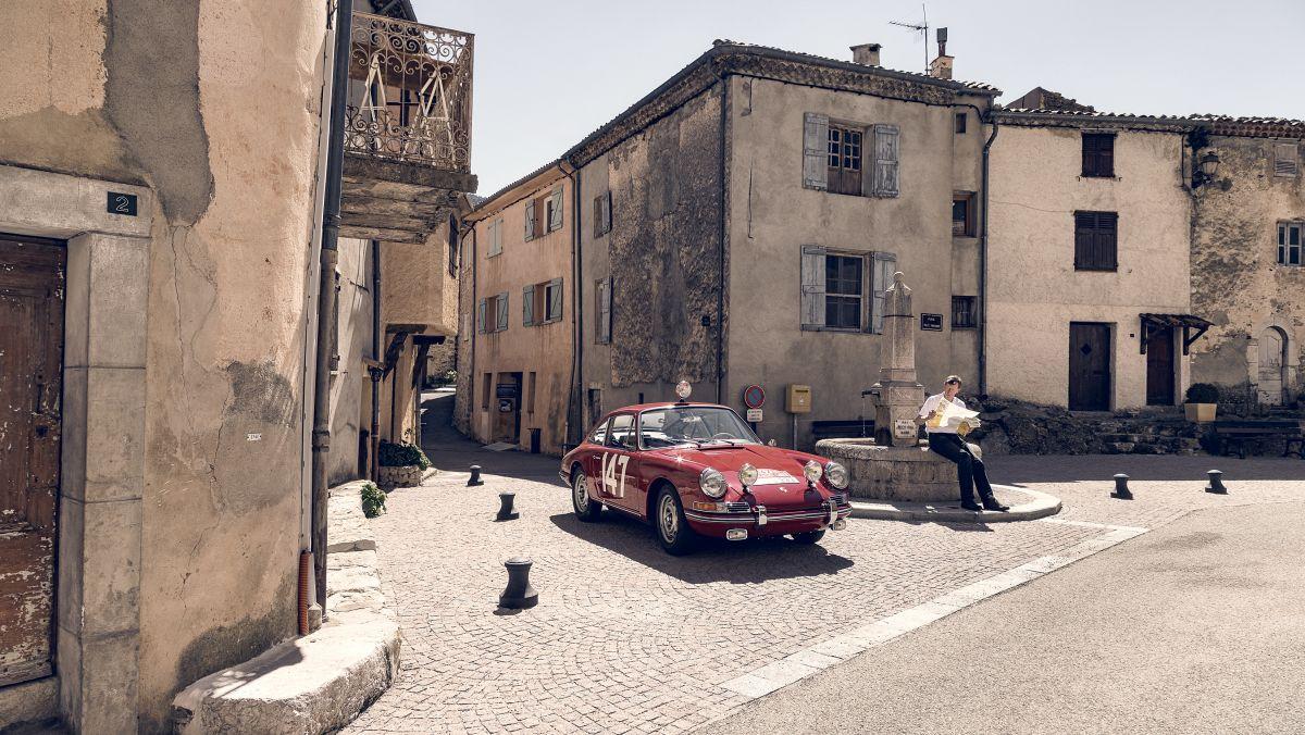 Porsche 911 Monte Carlo 09