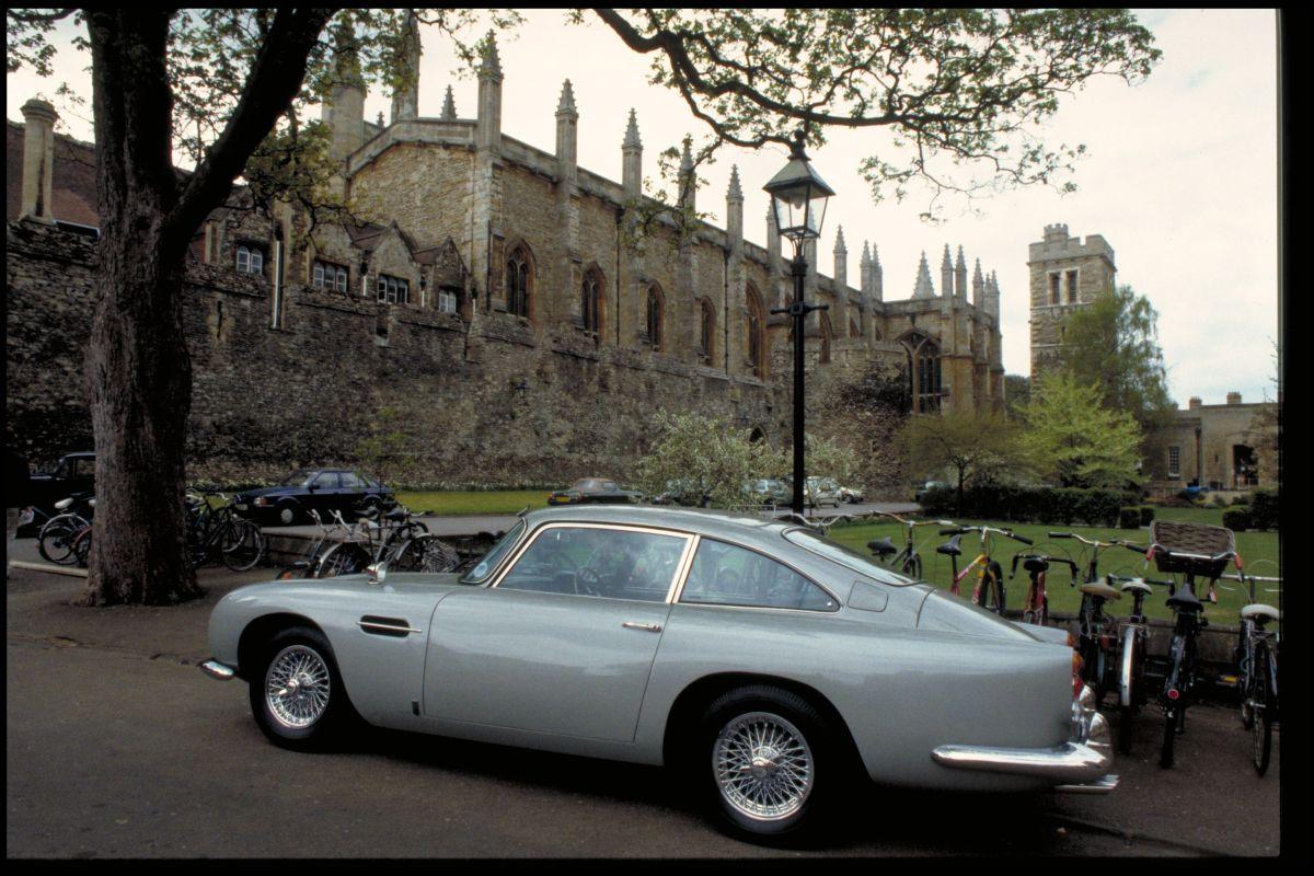 Aston DB5 02